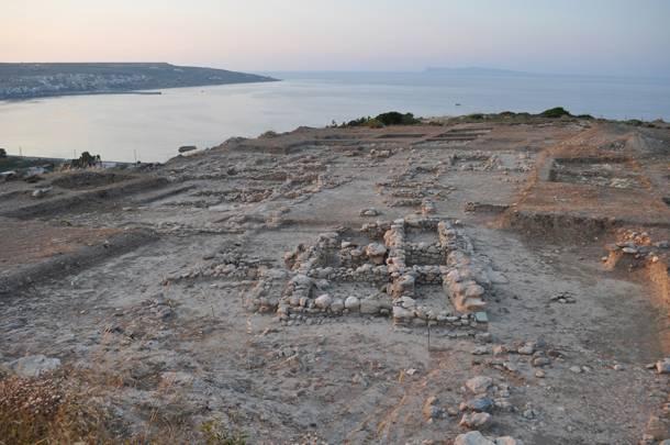 Σημαντικά ευρήματα στο νεκροταφείο του Πετρά Σητείας | tanea.gr