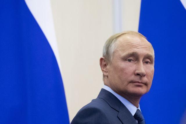 Στην κορυφή των ισχυρών της Ρωσίας ο Πούτιν | tanea.gr