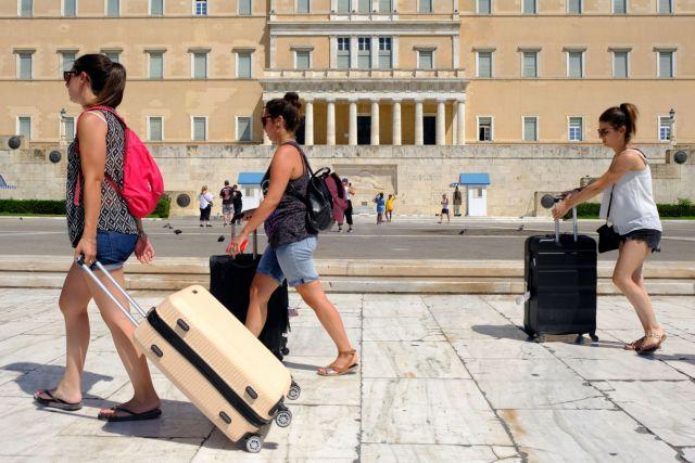 Οι παρενέργειες της ελληνικής τουριστικής ανάπτυξης στην οικονομία | tanea.gr