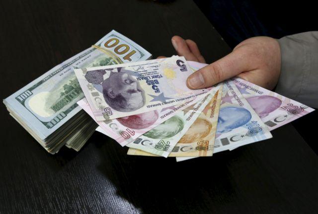 Διάσωση από ΔΝΤ και capital controls | tanea.gr