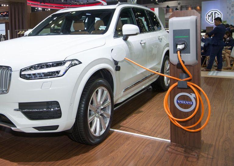 Ένα στα δύο Volvo θα είναι ηλεκτρικό | tanea.gr