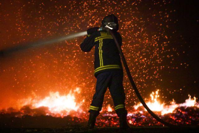 Πυρκαγιά στο Μενίδι | tanea.gr