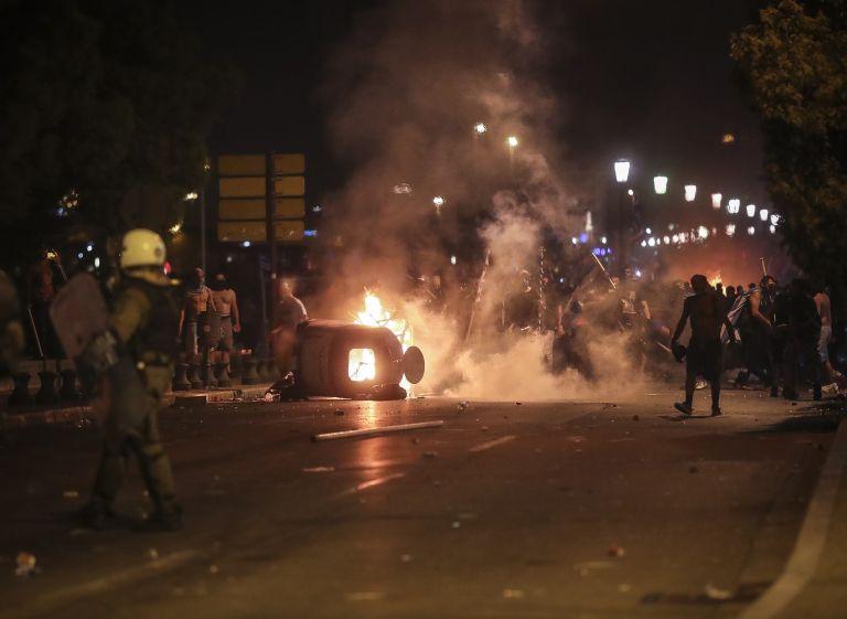 Οκτω συλλήψεις για τα επεισόδια στη Θεσσαλονίκη | tanea.gr