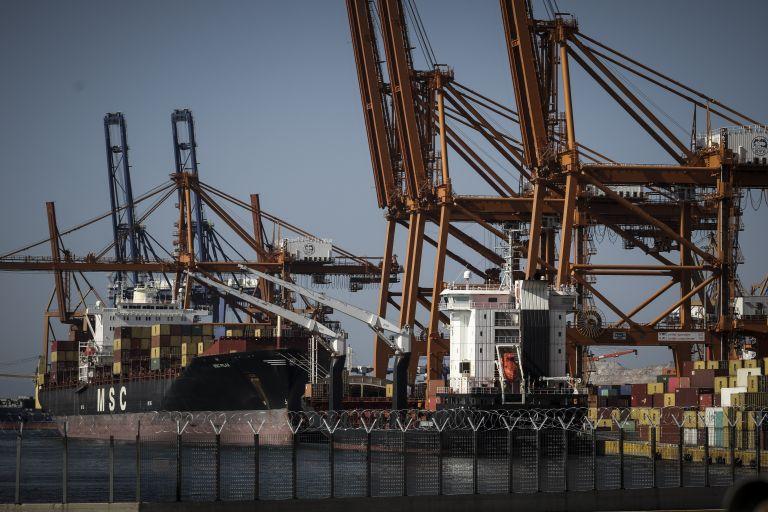 Παράνομη κρίθηκε η απεργία στο λιμάνι του Πειραιά | tanea.gr