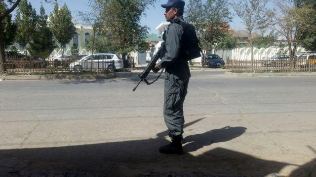 Επίθεση αυτοκτονίας με μοτοσικλέτα στην Καμπούλ   tanea.gr