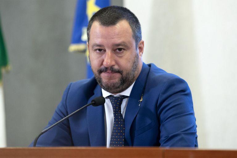Εισαγγελέας κατά Σαλβίνι για μετανάστες   tanea.gr