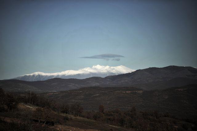 Επιχείρηση αερομεταφοράς ορειβάτισσας από τον Όλυμπο | tanea.gr