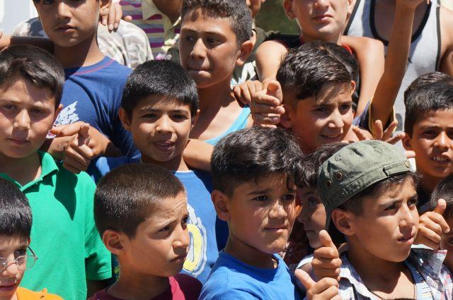 Θύματα ρατσιστικής επίθεσης προσφυγόπουλα στο Ωραιόκαστρο | tanea.gr