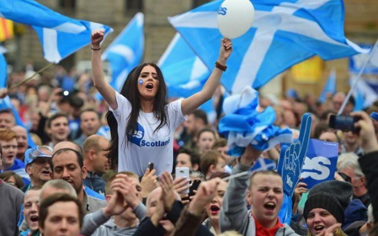 Ζητούν ανεξαρτησία τώρα οι Σκοτσέζοι λόγω Brexit   tanea.gr