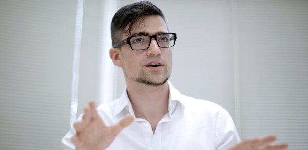 Μάρτιν Σέλνερ: Η ευρωπαϊκή ακροδεξιά αποκτά νέο πρόσωπο | tanea.gr