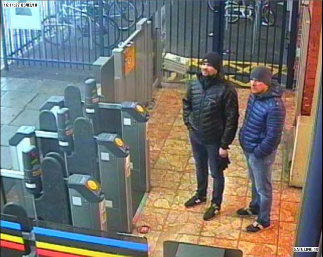 Το Λονδίνο κατονόμασε δύο Ρώσους για την απόπειρα δολοφονίας κατά των Σκριπάλ   tanea.gr