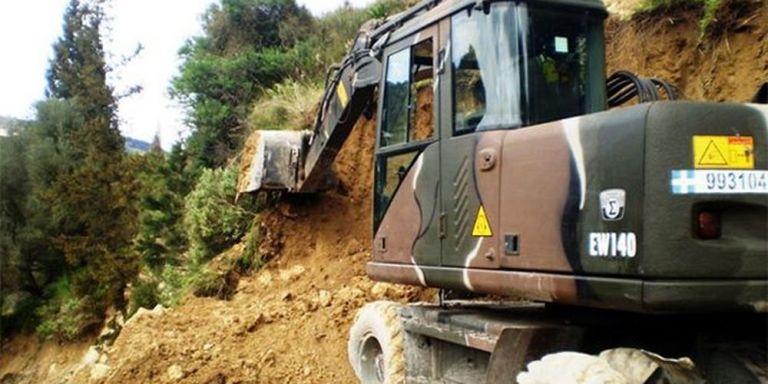 Εκτροπή οχήματος του Στρατού στον Ολυμπο   tanea.gr