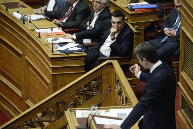 Υπόθεση Φλώρου: Στο κόκκινο η αντιπαράθεση Μαξίμου – ΝΔ | tanea.gr