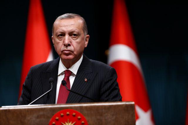 Προειδοποιεί ο Ερντογάν για κίνδυνο πραξικοπήματος από το δίκτυο Γκιουλέν | tanea.gr