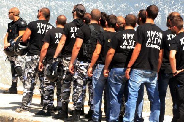 Στέλεχος της Χρυσής Αυγής επιτέθηκε σε δημοσιογράφο | tanea.gr