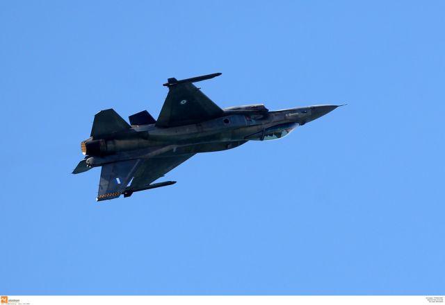 «Τρελό» F-16 άφησε άναυδη τη Θεσσαλονίκη | tanea.gr