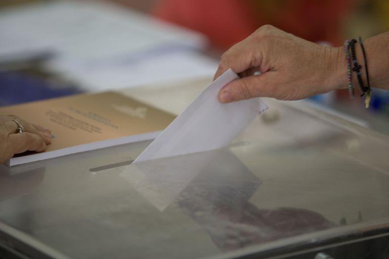 Να ακυρωθεί η Συμφωνία των Πρεσπών θέλει το 72% των Ελλήνων   tanea.gr
