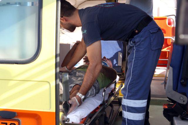 Λέσβος: Ατύχημα με λεωφορείο - Τρεις Ολλανδοί τραυματίστηκαν | tanea.gr