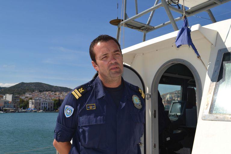 Κυριάκος Παπαδόπουλος : Μεσίστιες οι σημαίες στη Λέσβο   tanea.gr