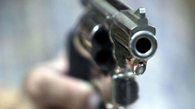 Μαθητής πυροβόλησε μέσα σε σχολείο στη Λαμία   tanea.gr