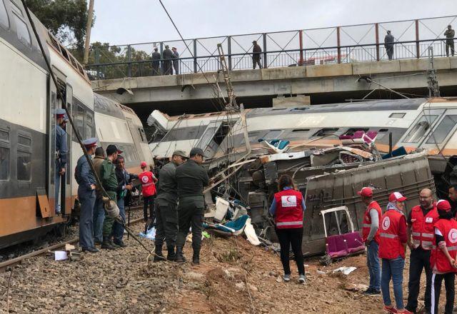 Τρένο εκτροχιάστηκε στο Μαρόκο - Στους 6 οι νεκροί (εικόνες) | tanea.gr