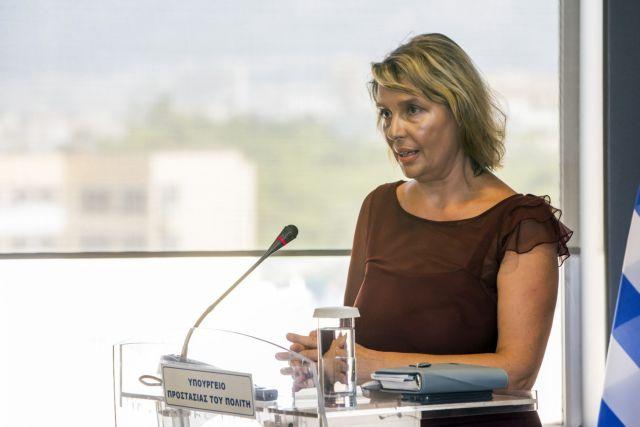 Παπακώστα: Ανάγκη σύνεσης σε θέματα εξωτερικής πολιτικής και ασφάλειας   tanea.gr