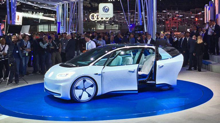 VW: Τα ηλεκτρικά της μοντέλα θέλουν να εκθρονίσουν την Tesla | tanea.gr