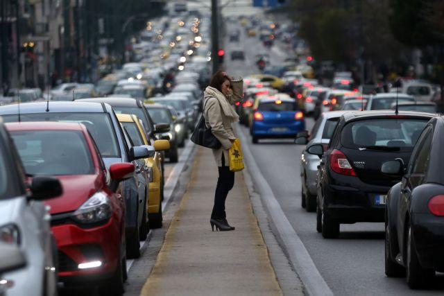 Κυκλοφοριακό κομφούζιο: Χάος στους δρόμους της Αθήνας | tanea.gr