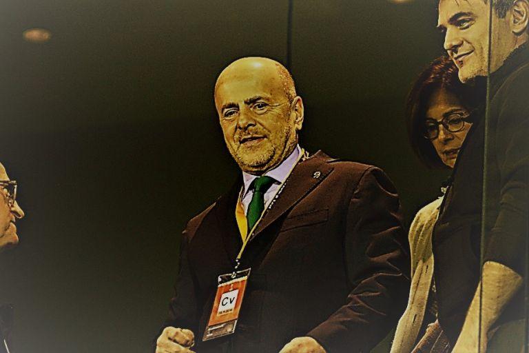Ο Αλαφούζος ενημέρωσε αξιωματούχο της UEFA για τις τελευταίες εξελίξεις | tanea.gr