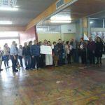 Ανθρώπινη αλυσίδα καθηγητών στην Φιλοσοφική για να λήξει η κατάληψη του Ρουβίκωνα