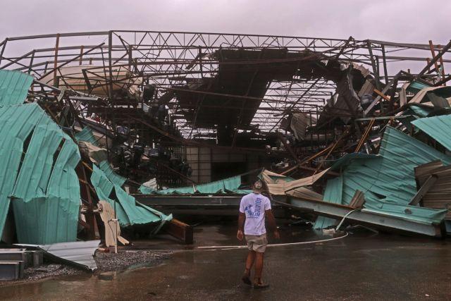 Φονικό το πέρασμα του κυκλώνα Μάικλ από τη Φλόριντα | tanea.gr