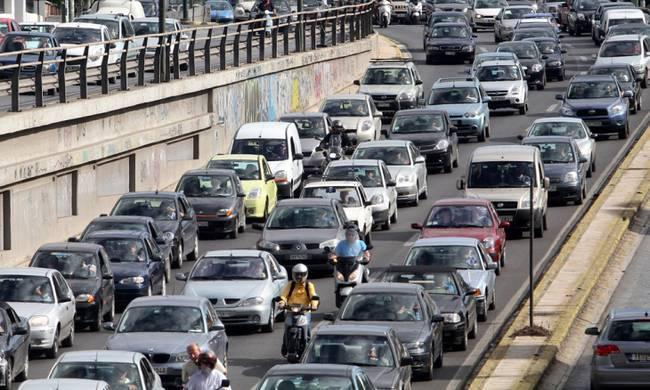 Κυκλοφοριακό «έμφραγμα» στον Κηφισό λόγω ατυχήματος | tanea.gr