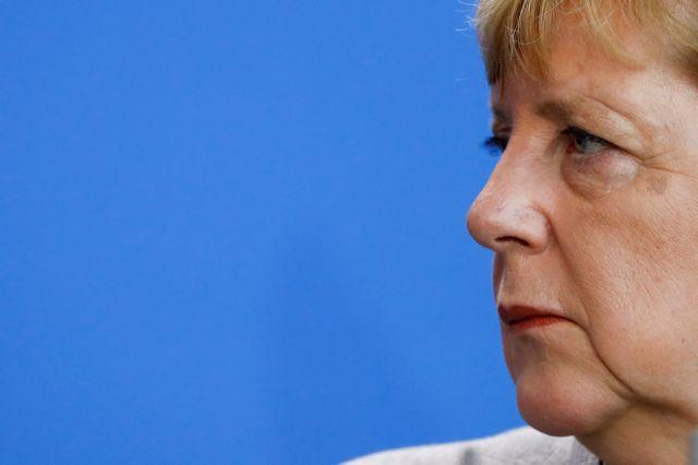 Σόιμπλε: Η Μέρκελ δεν είναι πια αδιαμφισβήτητη | tanea.gr