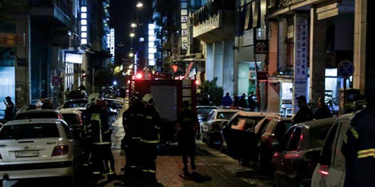 «Ηθελαν να χυθεί αίμα αστυνομικών» - Θύελλα μετά την επίθεση στο ΑΤ Ομονοίας   tanea.gr