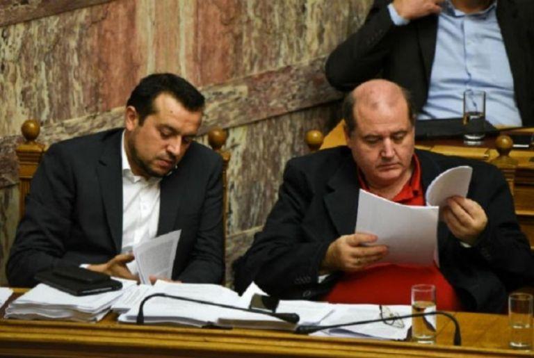 Κυβέρνηση... χίλια κομμάτια - Γκρίνιες στον ΣΥΡΙΖΑ για τον Ν. Παππά | tanea.gr