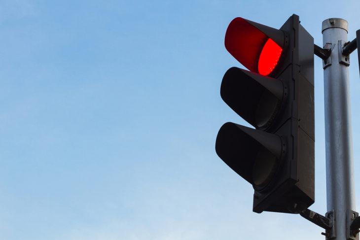 Στο μέλλον θα πατάμε γκάζι στα κόκκινα φανάρια | tanea.gr