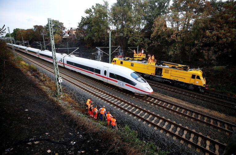 Γερμανία: Τρένο υψηλής ταχύτητας τυλίχτηκε στις φλόγες   tanea.gr