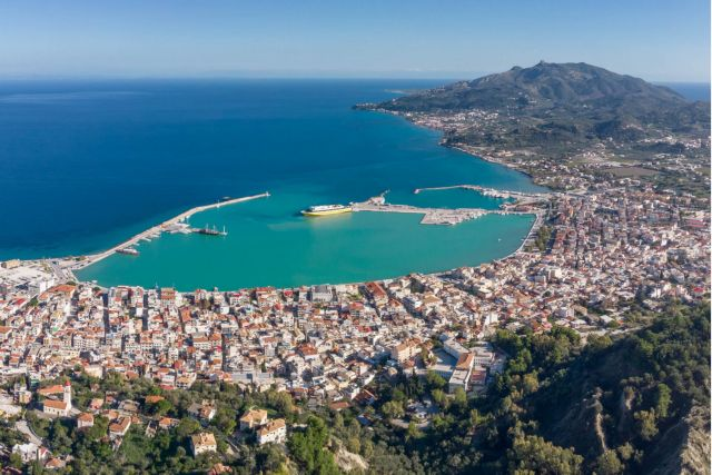 Ζάκυνθος: Προσωρινά ακατάλληλα κρίθηκαν 275 κτίρια | tanea.gr