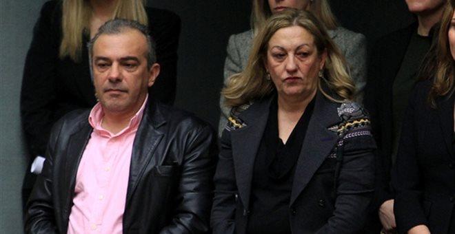 Η καθαρίστρια είναι στη φυλακή, ο αδερφός και ο εξάδερφος του Α. Τσίπρα είναι ελεύθεροι (έγγραφα) | tanea.gr