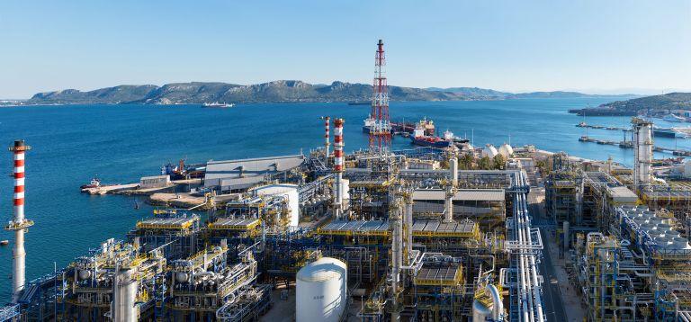 Κέρδη-ρεκόρ 731 εκατ. ευρώ ανακοίνωσαν τα ΕΛΠΕ | tanea.gr