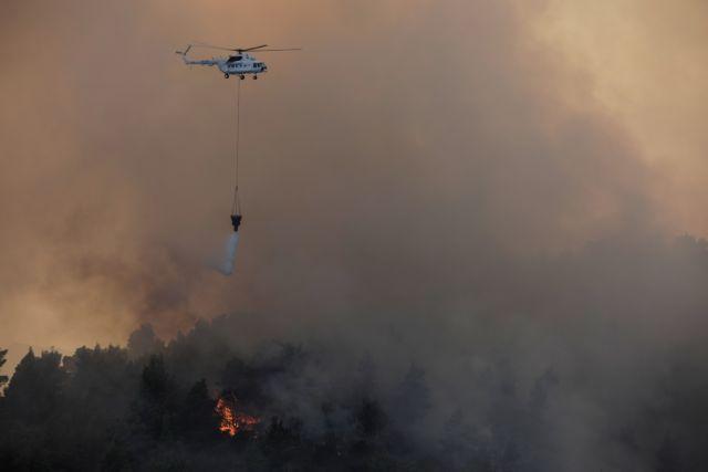 Στρατιωτικά πυρά προκάλεσαν μεγάλη πυρκαγιά σε δάσος στη Λέσβο | tanea.gr
