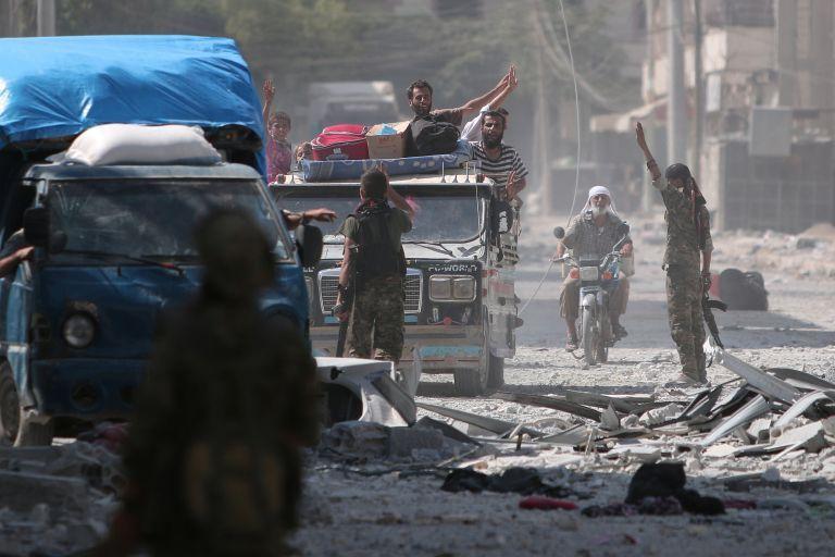 Συρία: Ξεκίνησαν οι κοινές περιπολίες ΗΠΑ - Τουρκίας στη Μανμπίτζ   tanea.gr