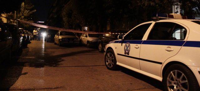 Αντιεξουσιαστές πήραν στο κυνήγι αστυνομικό | tanea.gr