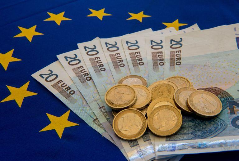 Σε μέγγενη η οικονομία - Καταρρέει το success story της κυβέρνησης | tanea.gr