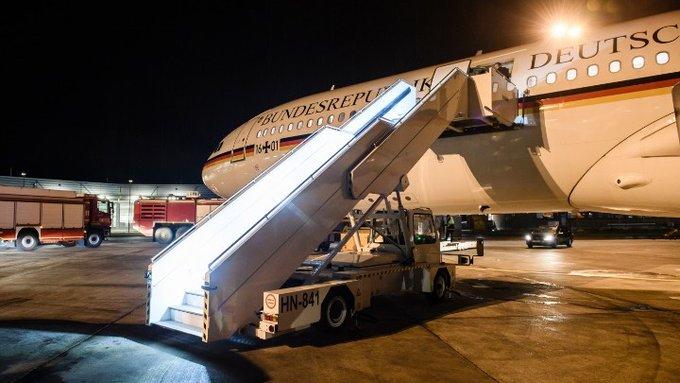 Τρόμος στον αέρα για Μέρκελ: Εστειλε σήμα ο πιλότος 20 λεπτά μετά την απογείωση | tanea.gr