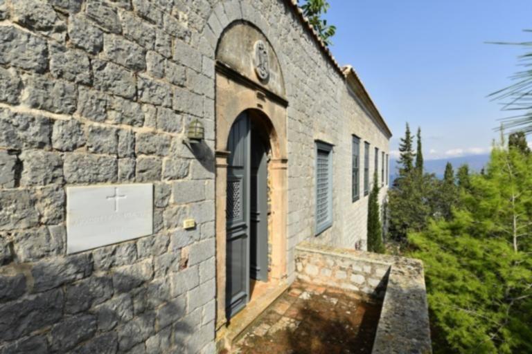 Πωλείται το ιστορικό αρχοντικό του ήρωα Μιαούλη – Δείτε πόσο κοστίζει   tanea.gr