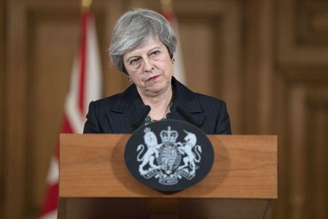 Τζόνσον για Brexit: Τραγική παραίτηση Μέι η συμφωνία με την ΕΕ   tanea.gr