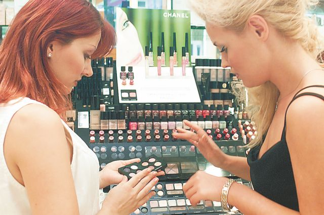 «Καμπανάκι» ΕΟΦ: Η λίστα με τα καλλυντικά που ανακαλεί από την αγορά | tanea.gr