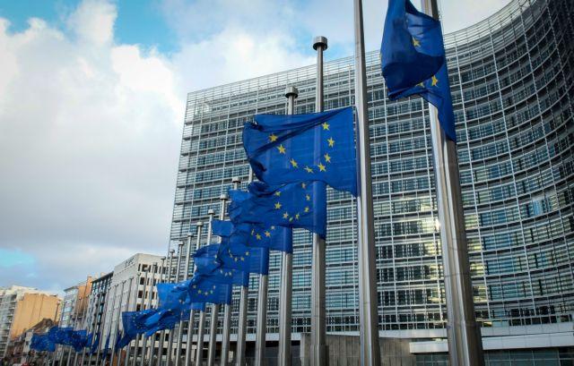 «Στενεύει ο κλοιός» της Ελλάδας - Επίσπευση της διαδικασίας αναγνώρισης επαγγελματικών προσόντων | tanea.gr