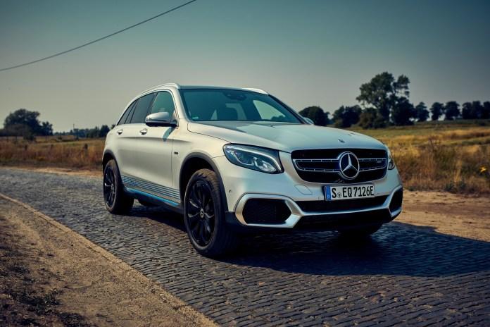 Το πρώτο υδρογονοκίνητο SUV της Mercedes-Benz στα χέρια πελατών της | tanea.gr